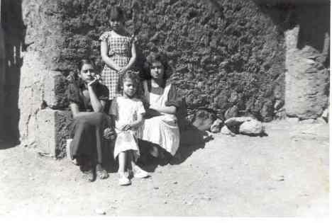 Sarita, Rosita, Lucha, Petrita, en 1954