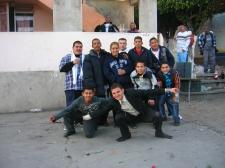 La Piedad. Festejo chusco entre  jóvenes vecinos de Infonavit