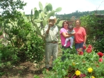 Gente de Ziquítaro, agosto 2008. Entre nopales y chiles