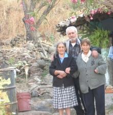 Josefa Campos Cerda, Silviano Martínez Campos, Lucrecia Campos Alvares. Foto de Emmanuel Martínez Campos