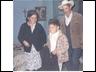 Ziquítaro. Benita, Chon, Jorgito. Foto de Silviano